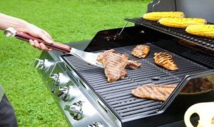 Grill-Wrangler-3-in-1-BBQ-Tool-03